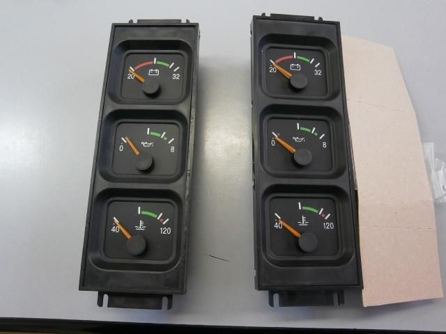 Блок указателей (давление масла + зарядка + температура дв) - Фото
