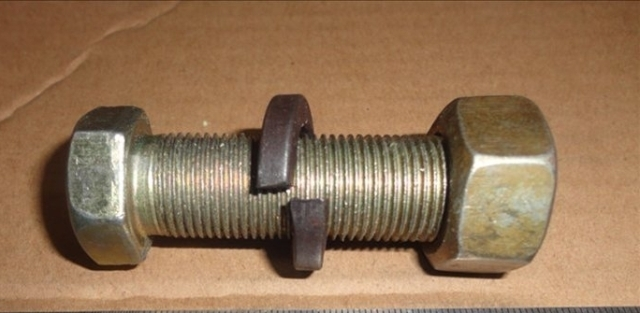 Болт крепление тормозного барабана п/пр, произв. <>, М18х50 - Фото