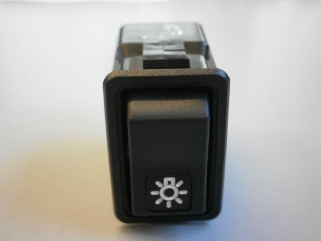 Клавиша  главный свет 10 контактов 3 положения  5440,6430 - Фото