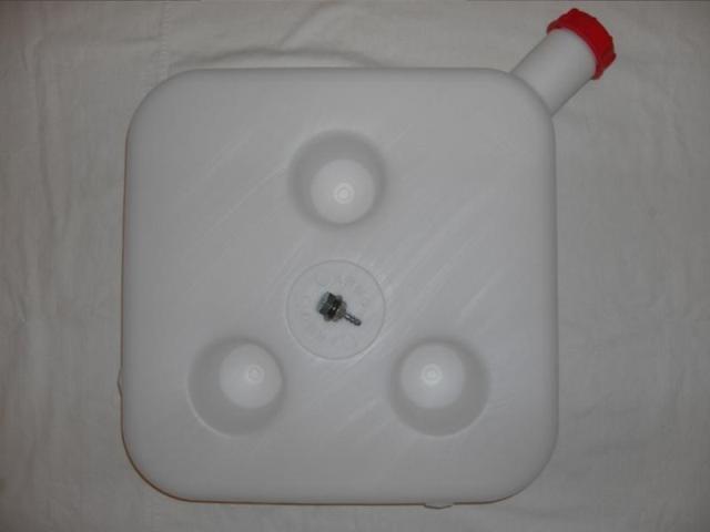 Бачок топливный для автономного отопителя 10 литров пластиковый - Фото