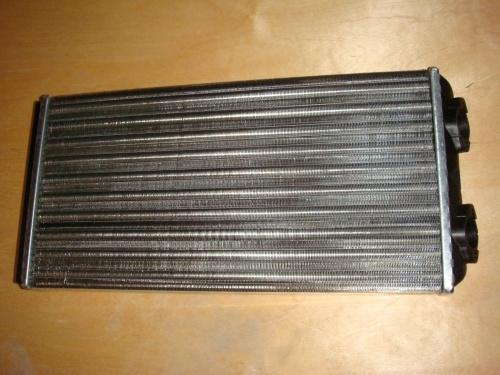 Радиатор отопителя кабины алюминиевый, выход 45 градусов - Фото